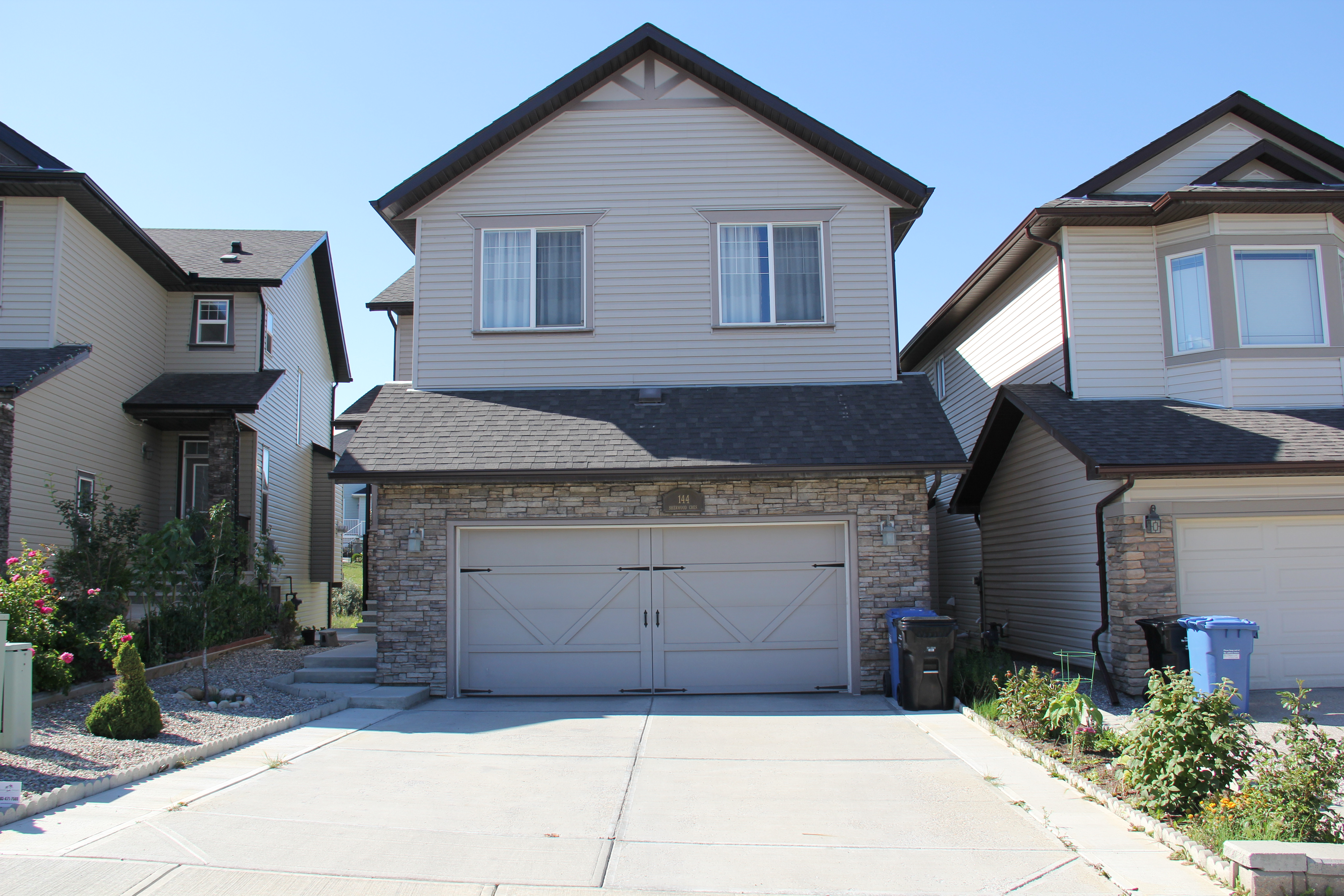 144 SHERWOOD CRESCENT NW IN SHERWOOD