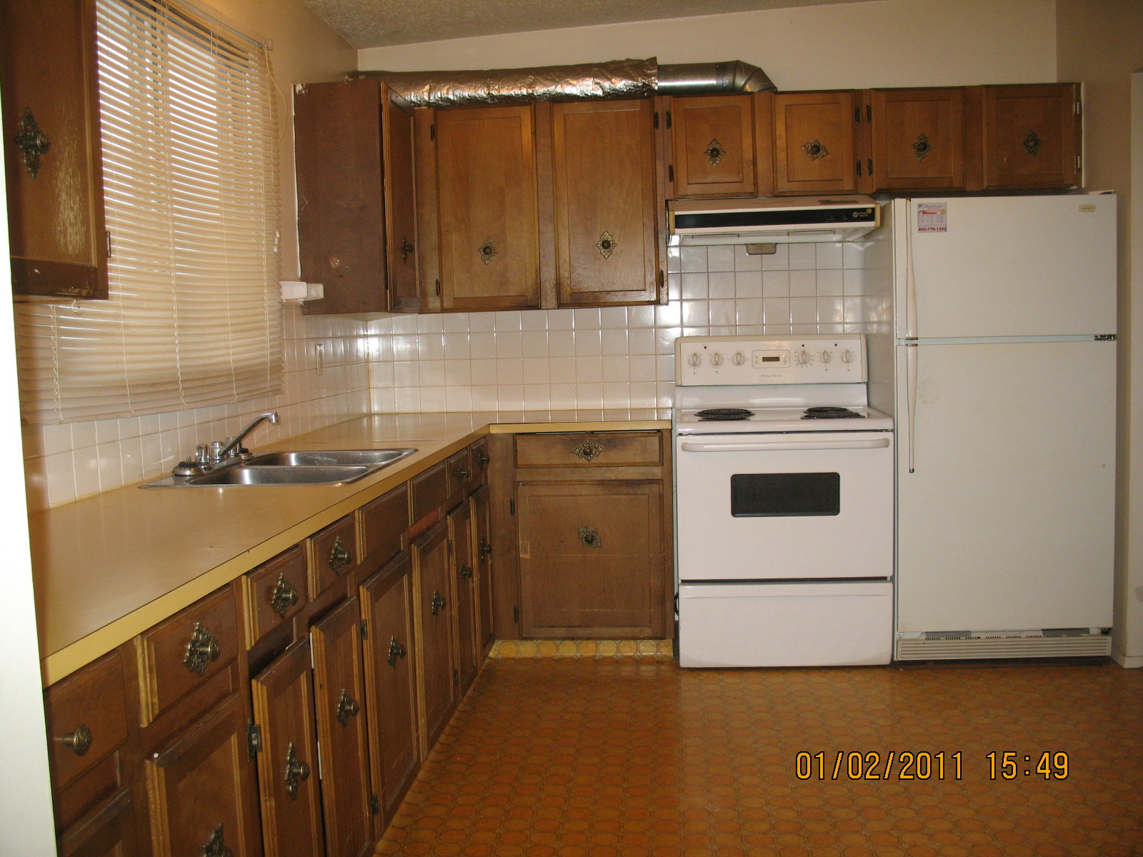 Cozy 4 BDR Duplex in Dover with Fresh paint and well maintained!