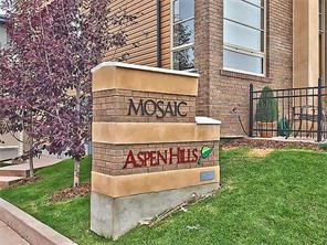 BEAUTIFUL 3 BEDROOM DB GARAGE TOWNHOME WITH NICE VIEW IN ASPEN HILLS!