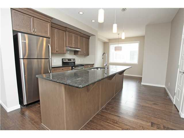 Like new,  double garage 3 bdrms townhouse in Panorama hills!