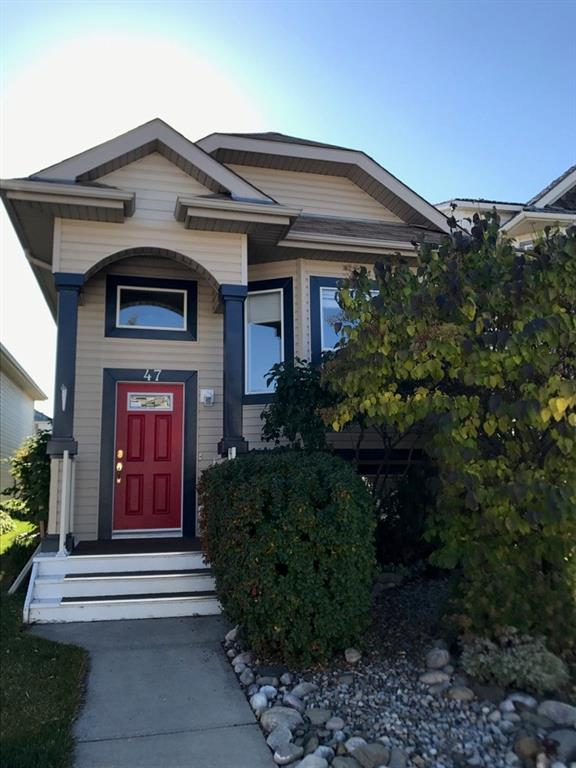 Well maintained 4 bdrms bi-level home with double garage in Chaparral!