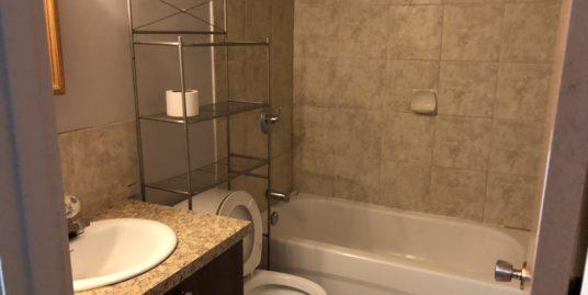 4 bedrooms duplex for rent located in Beddington!