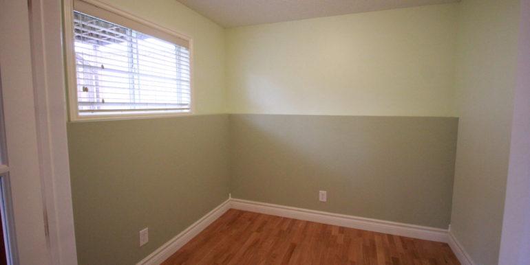 basement-bedroom-den