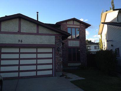 Beautiful well kept 4 bedroom house in Woodbine!