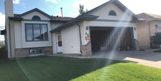 New Floor, new paint, Very clean 4 bdrms, 3 full bath home in Harvest Hills!
