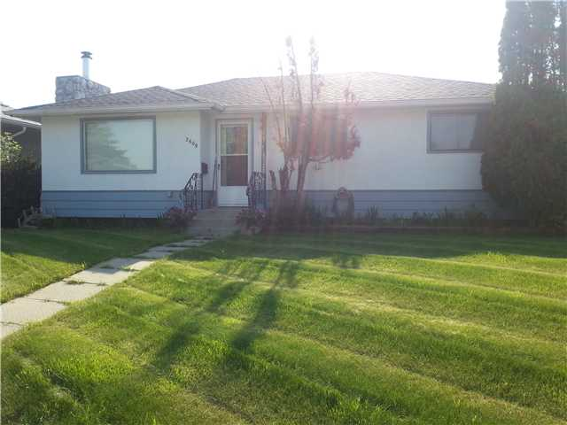Single 3 bdrms with double garage Bungalow in Forest Lawn!