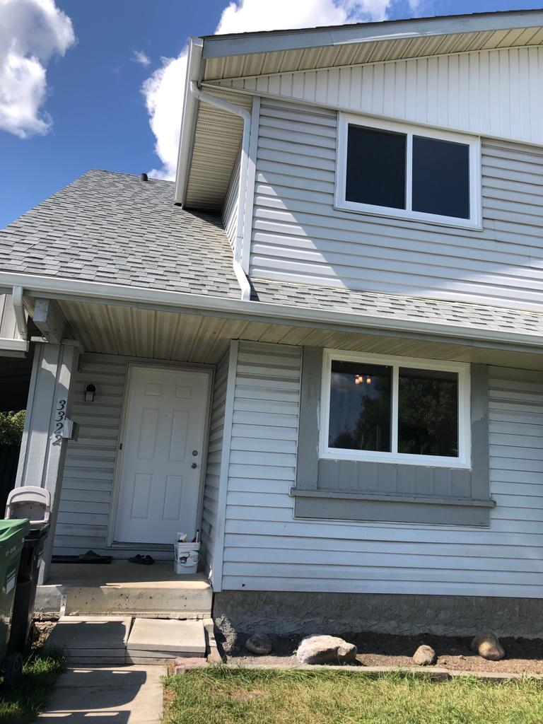 NEWLY RENOVATED 3 BDRMS HOME IN ALBERT PARK, CLOSE TO DOWNTOWN!