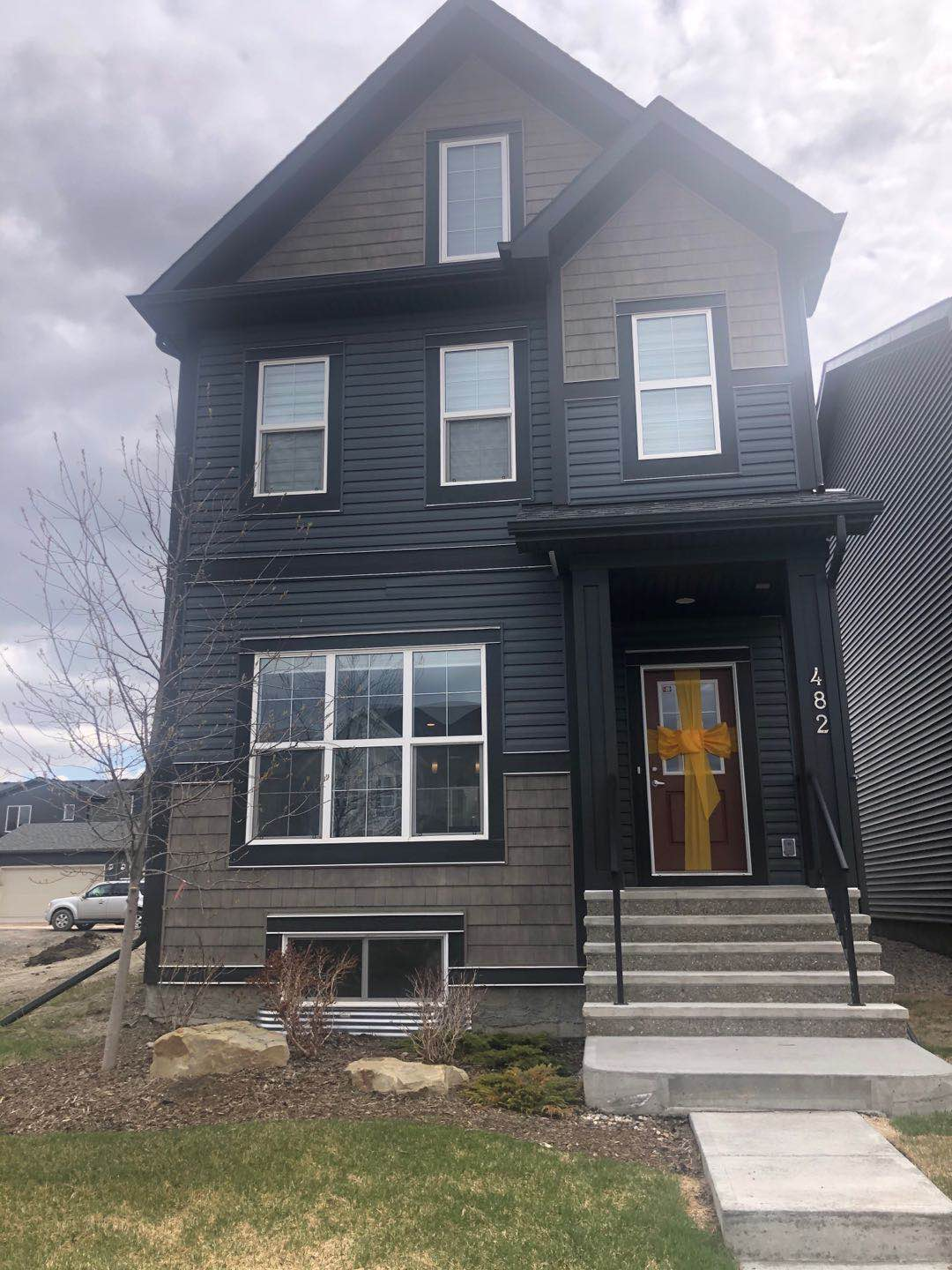 LIKE BRAND NEW! FORMER SHOW HOME! 4 BDRMS IN WALDEN!