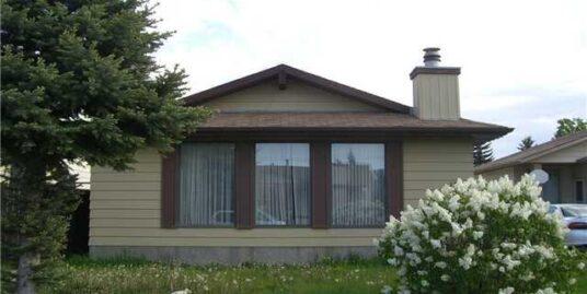 120 Whitman Crescent NE – Sold