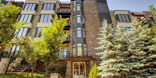 NEWLY RENOVATED 2 BDRMS 2 BATH CONDO IN BANKVIEW!