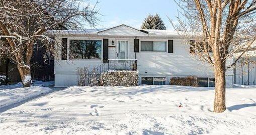 4351 2 Street NW Calgary, AB T2K 0Z2